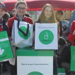 Des scouts de Laval recueillent des fonds grâce à la consigne